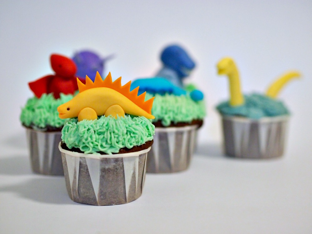 Dinosaur cupcakes are adorable